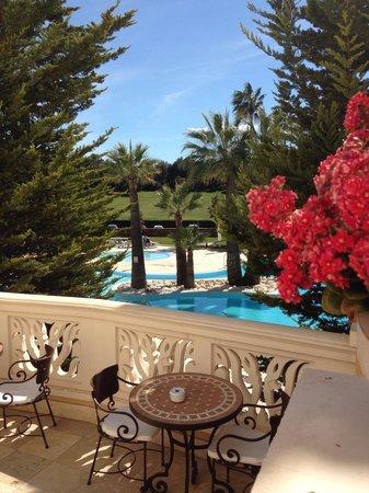 Denia Marriott La Sella Golf Resort & Spa: En la terraza del Denia Marriott.  Una buena opción En la tranquila zona de la Sella.