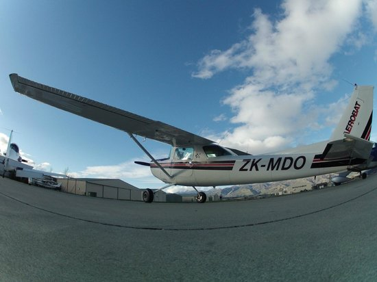 Southern Lakes Learn to Fly: the cessna 152 aerobat, we use this one for the extreme flight lesson