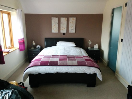 Cherry Trees Bed and Breakfast: great room