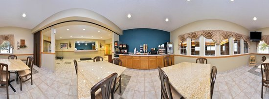 Americas Best Value Inn Geneseo: Breakfast Area (360)