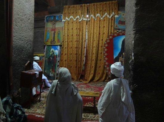 Felsenkirchen von Lalibela: inside a church