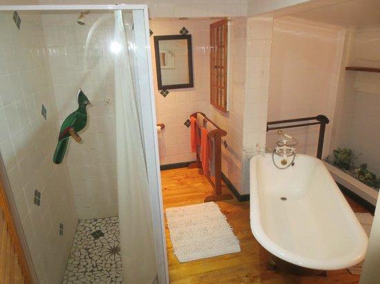 Wilderness Lagoon B&B: Bathroom