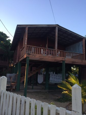 Toucan Lulu Beach Units : Toucan Lulu cabana