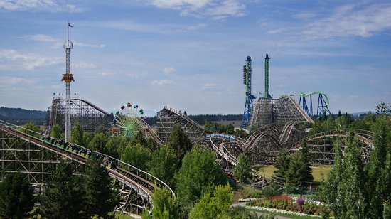 Athol, ID: The Northwest's Largest Theme Park with over 70 rides, slides, shows and attractions!