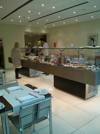 Maximilian Hotel: Buffet