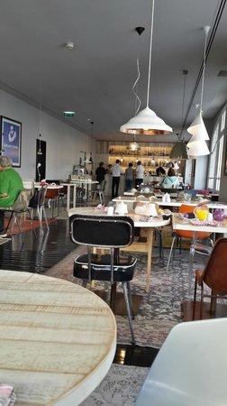 Internacional Design Hotel: Hotel Dining