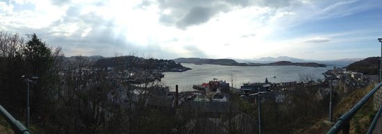 McCaig's Tower: The view