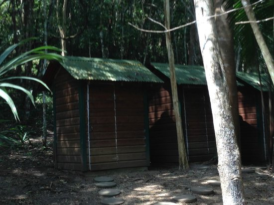 The Lodge at Chaa Creek : Three separate toilets, always clean