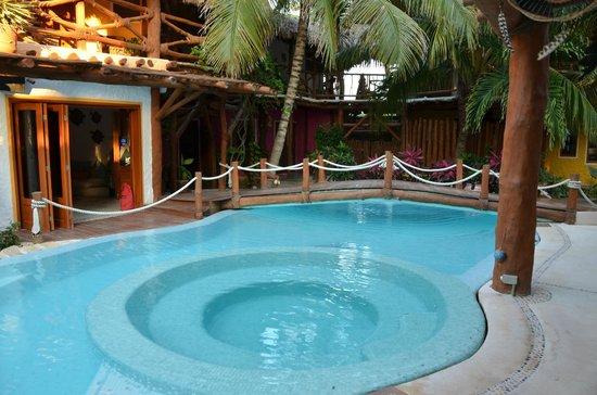 Holbox Hotel Casa las Tortugas - Petit Beach Hotel & Spa : Pool