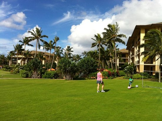 Koloa Landing Resort : Family fun with not crowds