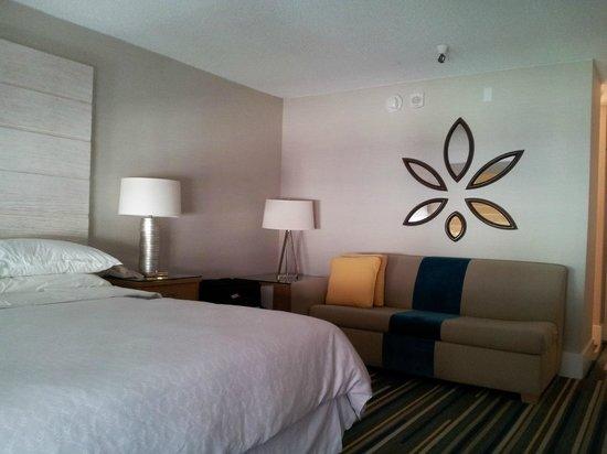 Sheraton Fisherman's Wharf Hotel: Room 3418 facing Courtyard
