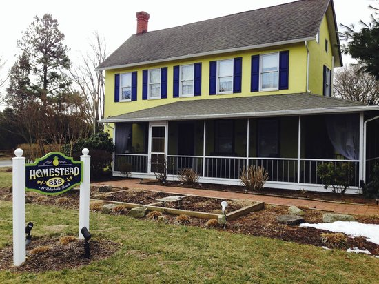The Homestead at Rehoboth Bed & Breakfast: Home on the corner of a 4-way stop