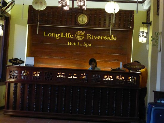 Long Life Riverside Hotel : Lobby area