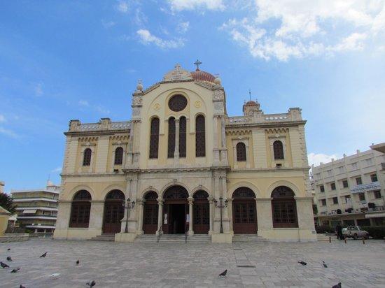 Kronos Hotel : Church