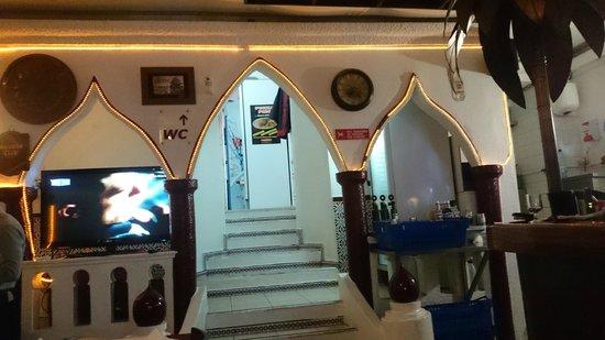 Tasca D'Alkhaz : in restaurant