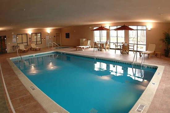 Hampton Inn & Suites Grand Rapids Airport / 28th St: Recreational Facilities