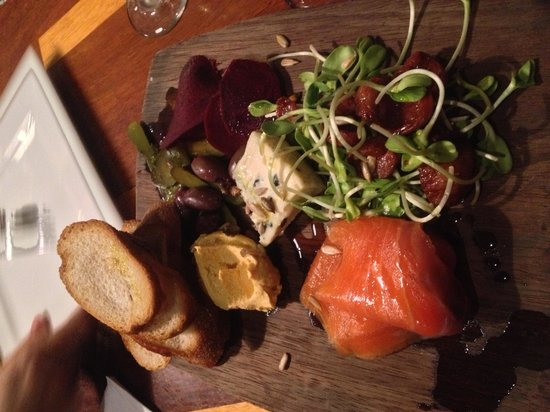Mokha: $19 tasting plate - yum