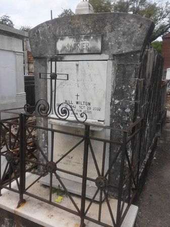French Quarter Phantoms : Iron Crypt Work