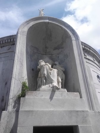 French Quarter Phantoms : Italian Society Crypt