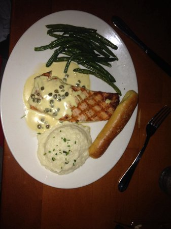Grillsmith : Grilled salmon. Piccata style.