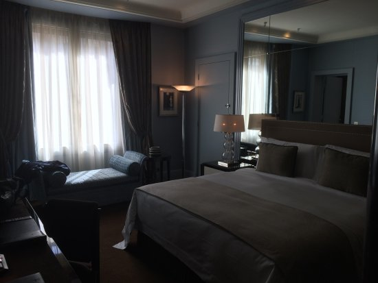 Prince de Galles, a Luxury Collection Hotel: Bedroom