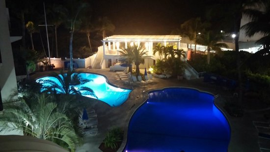 The Savoy Hotel: Pool view at night