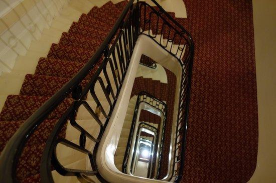 Hotel Westminster: アンティークな雰囲気