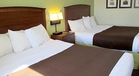 AmericInn Lodge & Suites Wisconsin Rapids: NQ