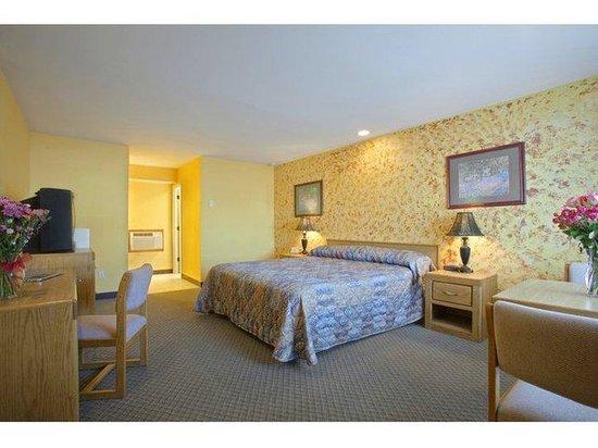 Americas Best Value Inn - Roseburg : King Standard