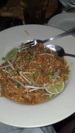 Izzy's Bistro: Lobster Pad Thai