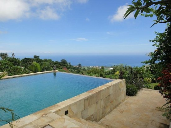 The Hamsa Resort: swimming pool 2 and the view.