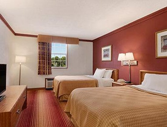Days Inn Conneaut: Two Double Bed Room