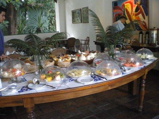 Hotel 7 Colinas: café da manhã