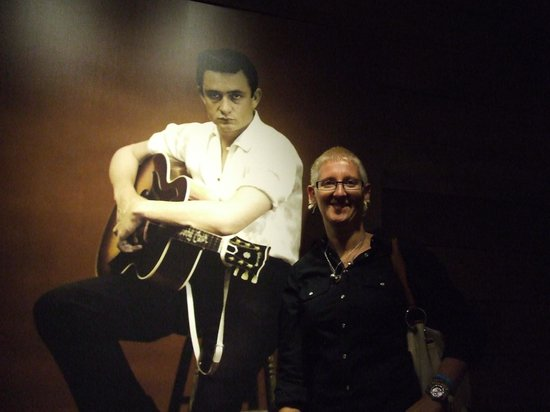 The Johnny Cash Museum : If only we could have met in life ;)
