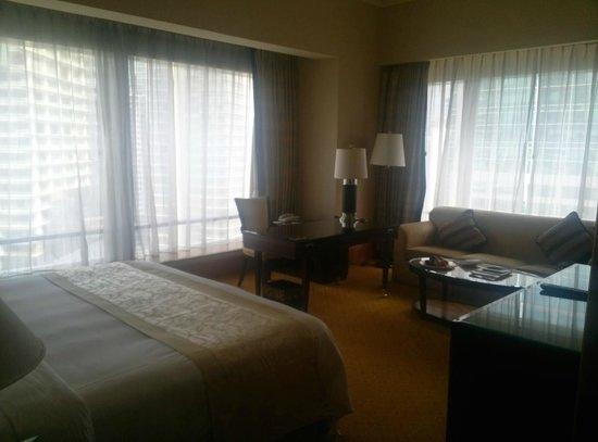 The Ritz-Carlton Jakarta, Mega Kuningan: Room