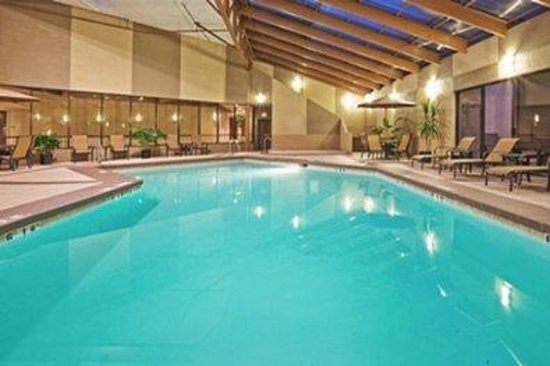 The Norman Hotel: Pool