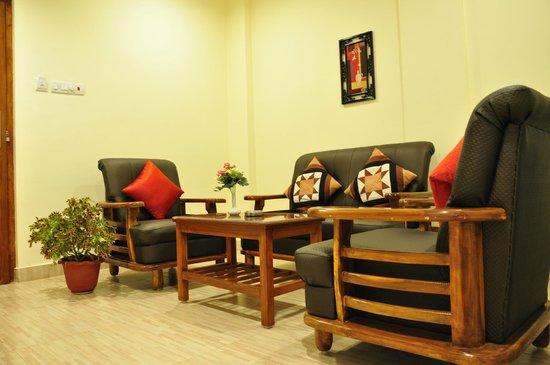 Ungal Vasanta Bhavan Residency: Sitting Area At Suite Room