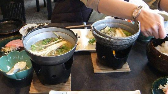 Bay Hotel Asahiro: 朝食。味噌汁がメインの朝食は初めてです。 具はクズ野菜