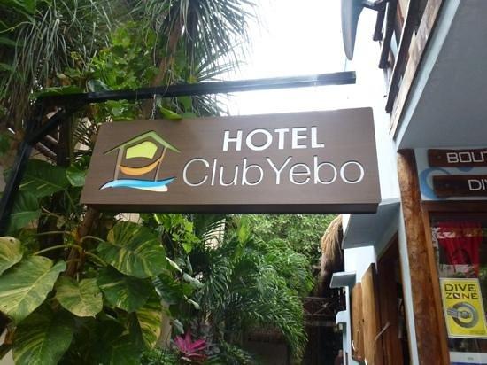Club Yebo : Front sign heading into the mini paradise:)