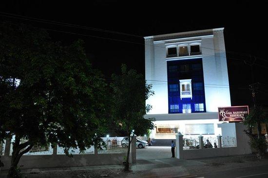 Ungal Vasanta Bhavan Residency: Outer