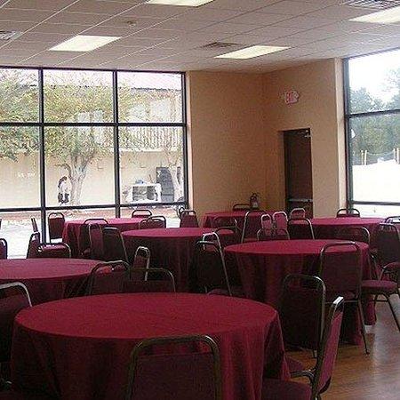 Magnuson Hotel Kissimmee Maingate Banquet