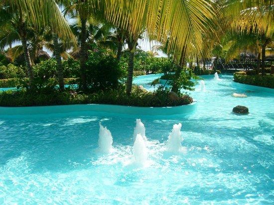 Iberostar Rose Hall Beach Hotel: Grounds