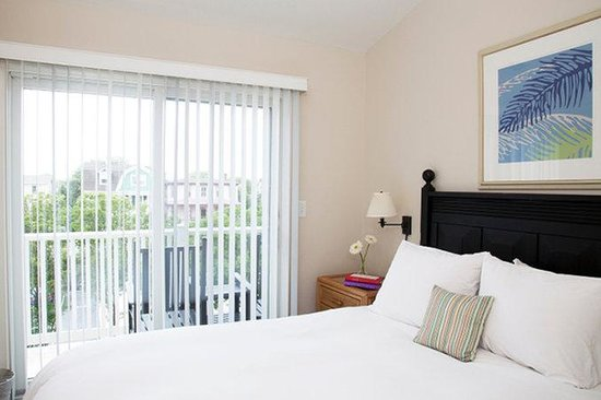 Sandpiper Beach Resort: Bedroom