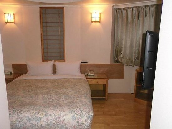 Hara Zuru Hotel : 宿泊した客室です。