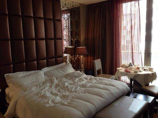 Al Faisaliah Hotel: Suite Room