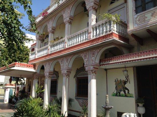 Hotel Madhuban : Exterior Decorations