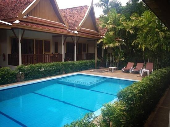 Bangtao Village Resort : pool
