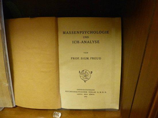 Sigmund Freud Museum: Psicología de las masas y análisis del Yo -1ra. edición