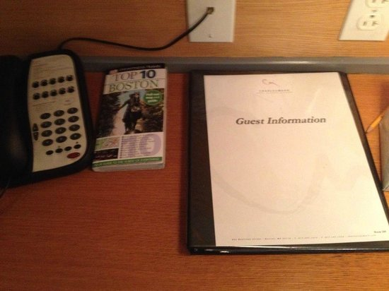 Charlesmark Hotel: DK boston book and very easy to read guidebook with lots of great information