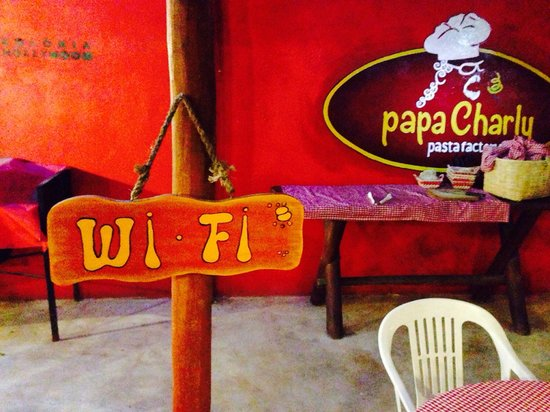 PapaCharly Pasta Factory : Best WiFi sign ever.